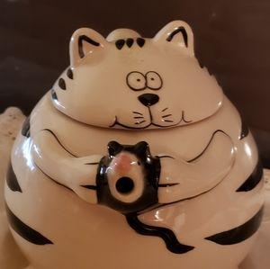 CAT AND MOUSE TEA POT
